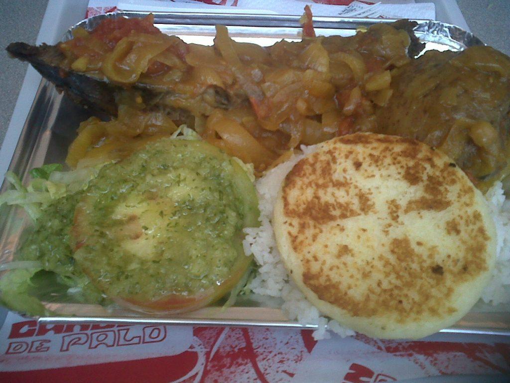 Sobrebarriga se llama un plato colombiano