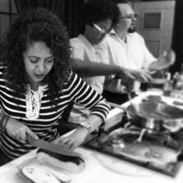 Ambiente de camaradería en las Peñas gastronómicas de La Chefa Gómez