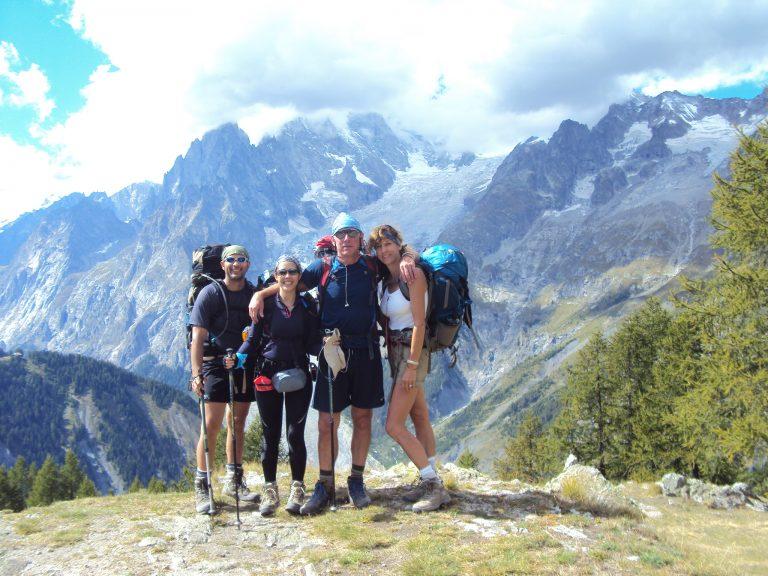 A nuestras espaldas el Mont Blanc. Vista desde el lado italiano del Tour
