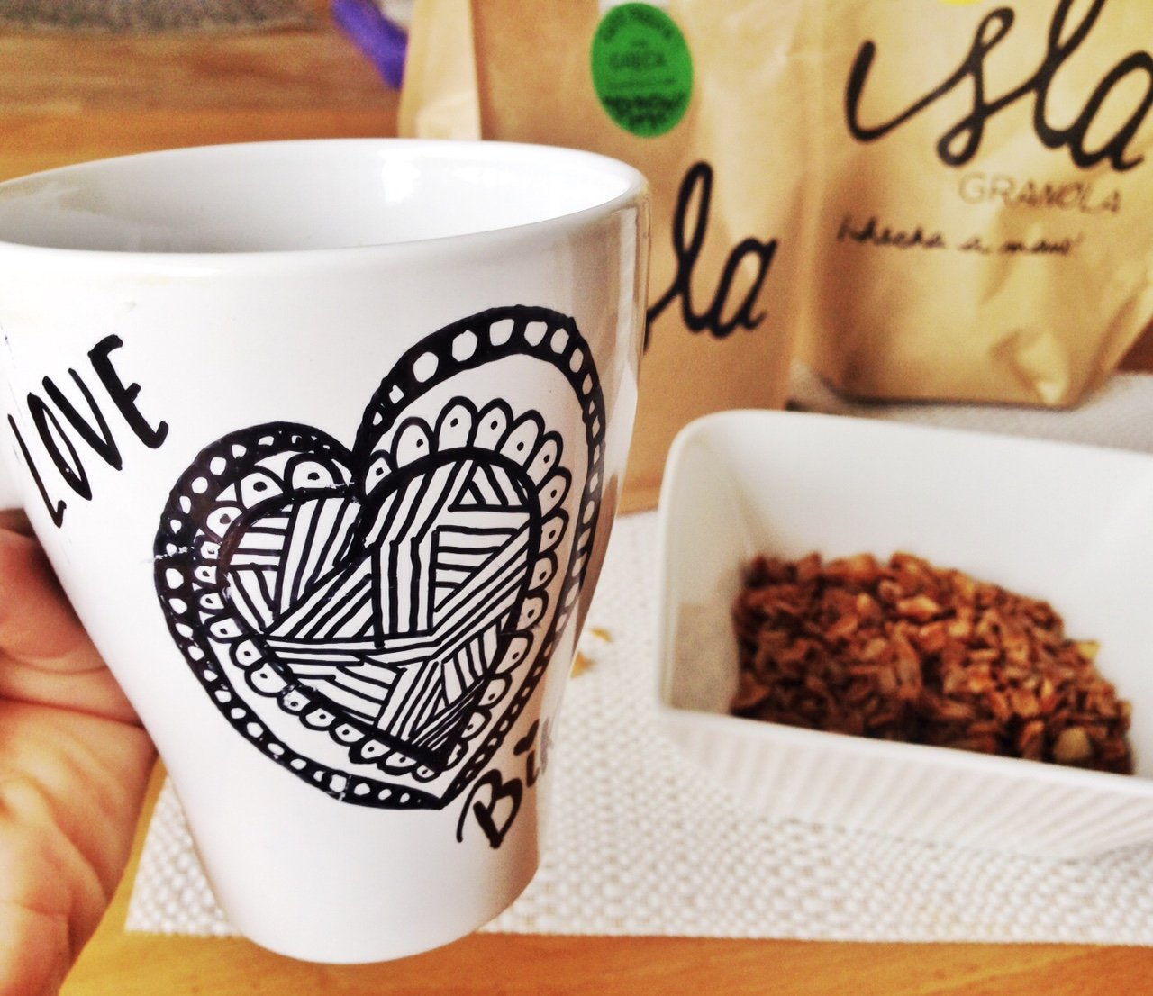 """Zentangle hecho por """"Soy ciclista urbano"""" y café y grano por La gente de la isla"""
