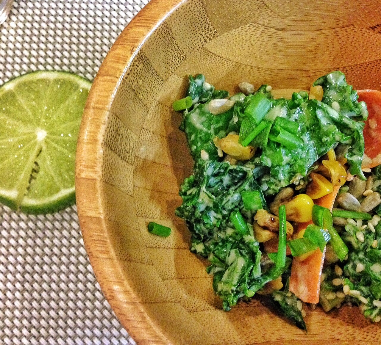 Kaleslaw de miso tahini de la tienda Orgánica