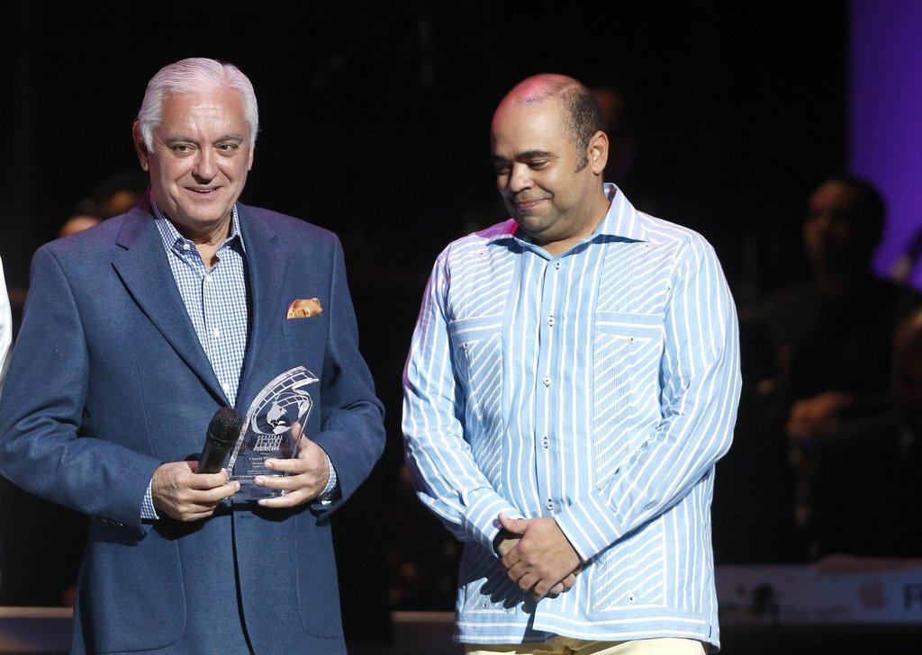Cuquin Victoria y Omar de la Cruz. Fotos por: Festival de Cine Global Dominicano