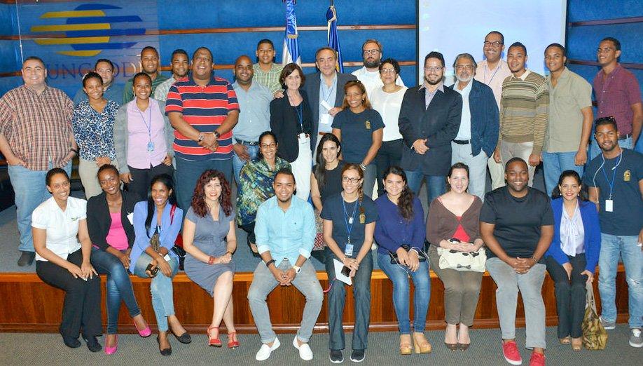 """Pepe Barrena y su conferencia """"Comer de Cine"""". Muestra de Cine Gastronómico Dominicano del FCGD 2015"""