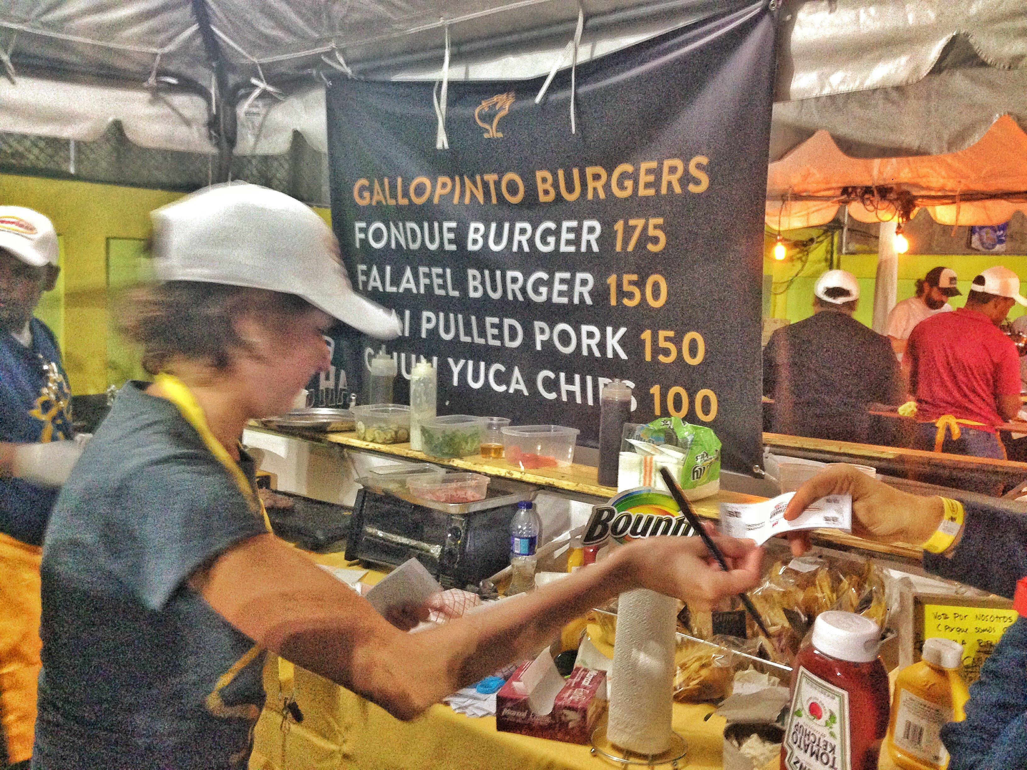 Gallo Pinto en el Burger Fest RD