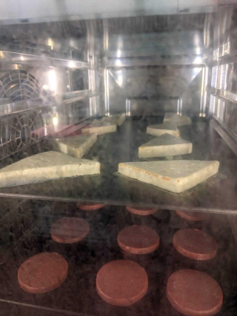 Salami, queso frito y Steak en ICombi Pro RD