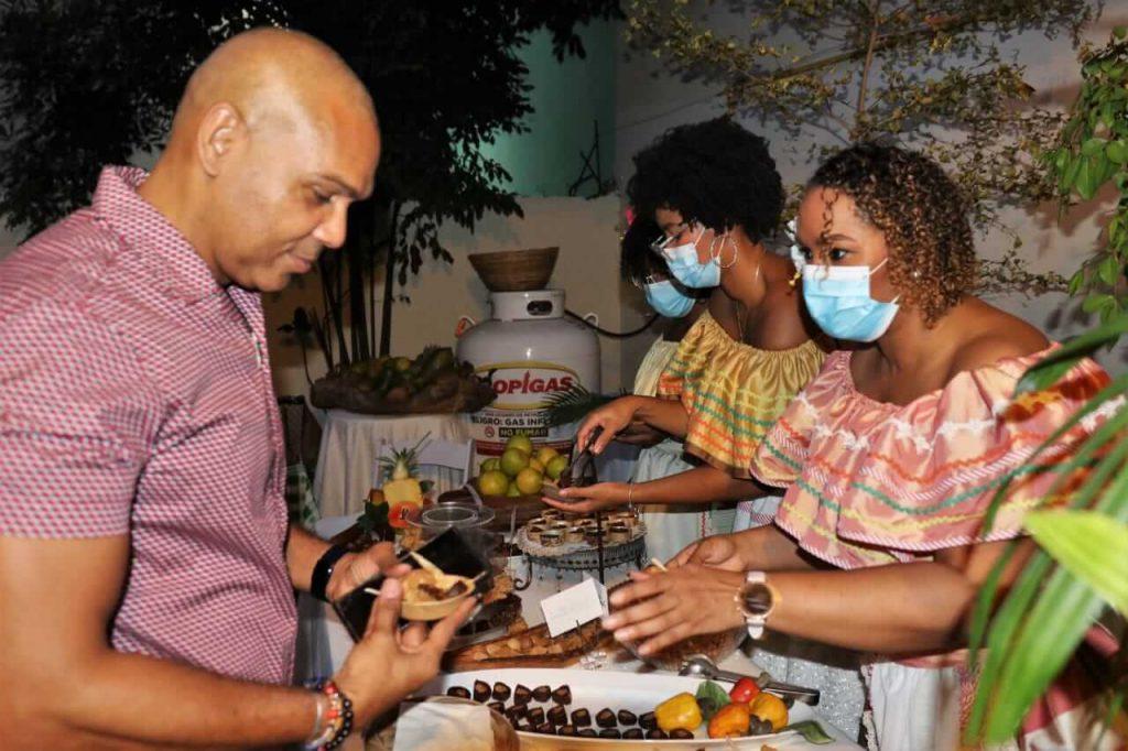 Rescate de los dulces de la República Dominicana. Salvador Batista.